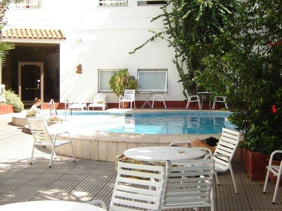Hotel Carollo Gold: Pileta compartida con el Hotel Anexo