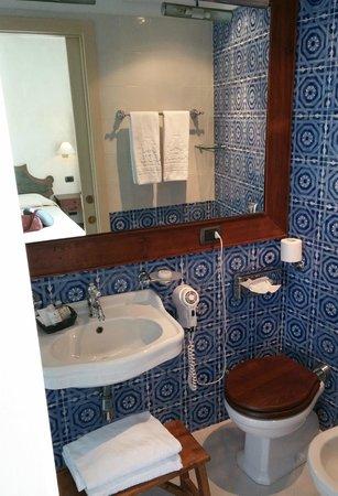 Algila Ortigia Charme Hotel : Bathroom