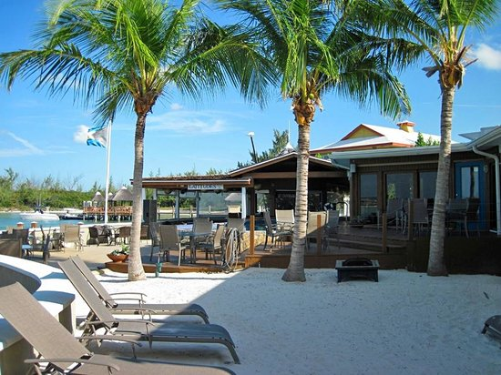 Exuma Beach Resort Latudes Restaurant And Bar