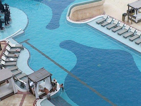 Hyatt Zilara Cancun: swimming pool