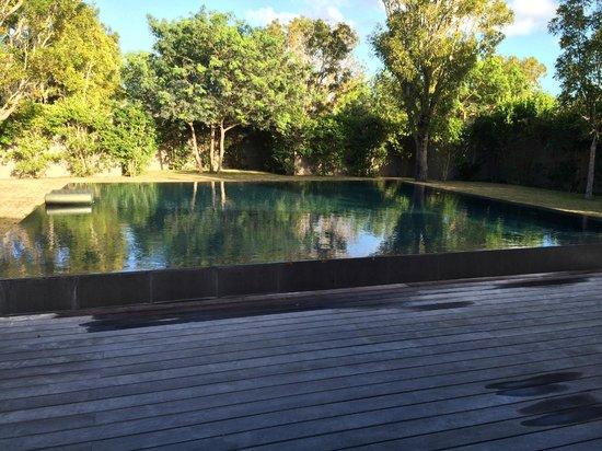 Amanyara villa pool