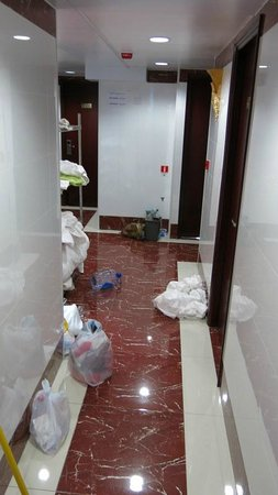 New Chung King Mansion Hostel: More dirty linen