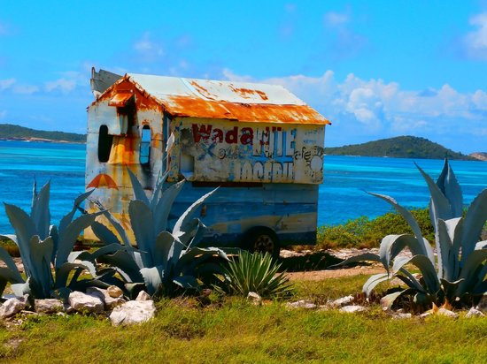 Buccaneer Beach Club: Old ice-cream truck