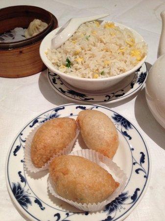 New World Chinese : 揚げ餅はサクッとしていて美味しかったです。
