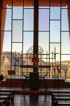 Chapel of the Holy Cross : Chapel view.
