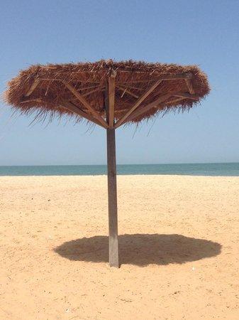 Golden Beach Hotel: Beach