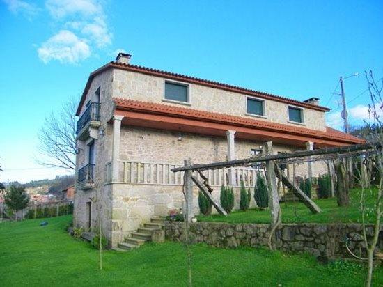 Casa Rural Os Carballos Prices Guest House Reviews Perdecanai
