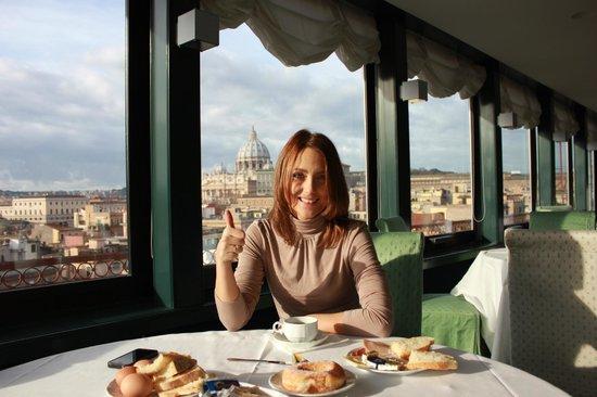 La Maison Royale: Завтрак в отеле