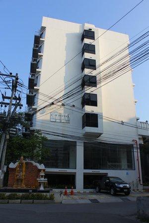 C H Hotel: Hotel building