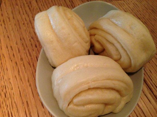 Yam'Tcha: steamed buns