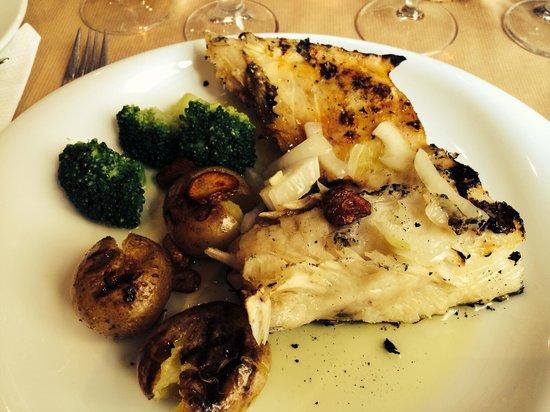 Restaurante Faca & Garfo : Morue rôtie délicieuse