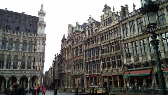 Grand Place/Grote Markt: 歴史を感じる建物です