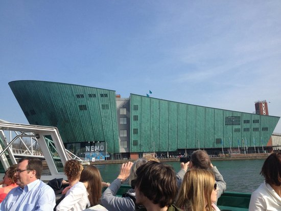 Lovers Canal Cruises : View of the NEMO building