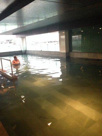 Bangkok City Hotel: pool