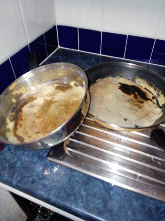 Madame Vacances Residence Le Parc des Airelles: vaisselle à notre arrivée