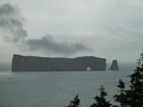 Perce Au Pic de l'Aurore: View of Perce from the grounds