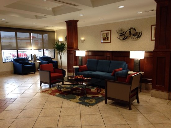 Comfort Inn Alexandria West - Landmark : Cozy lobby