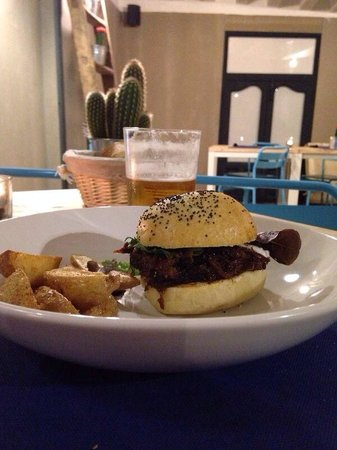 agapo indie&food : Oxtail burguer