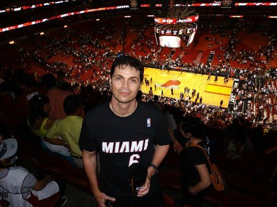 American Airlines Arena: Jogo Miami Heat x Detroit Pistons 2014