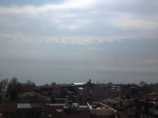 The Byzantium Hotel & Suites : View from roof terrace to sea ��