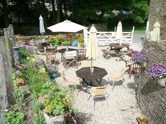 Graze on the Green : our delightful tea garden