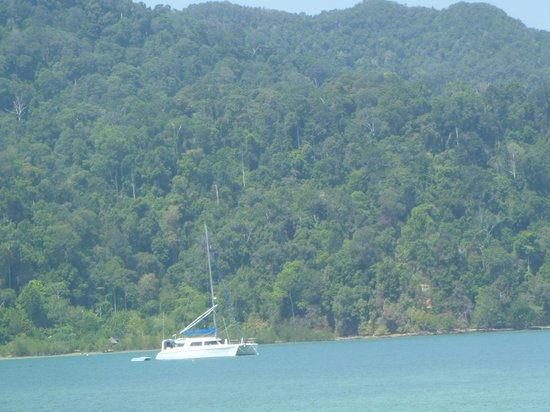 The Andaman, A Luxury Collection Resort: Goin' Surfing Catamaran