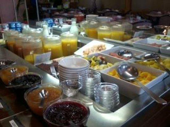 Grand Hotel de Valloire et du Galibier: petit déjeuner 2