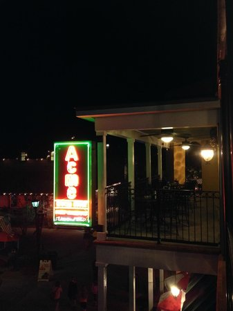 Acme Oyster House: Upstairs outdoor seating