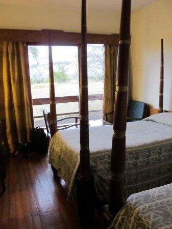 Seronera Wildlife Lodge: Small rooms