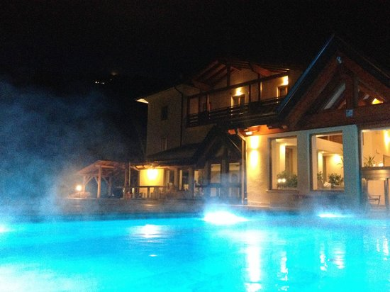 Hotel Salvadori: foto della piscina esterna riscaldata