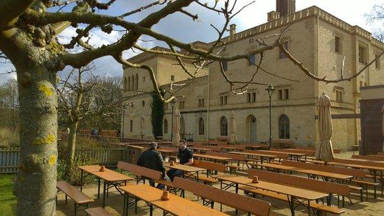 Schloss Cecilienhof: Old Creamery Meierei Im Neuen Garten / Biergarten