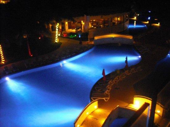 Azul Sensatori Mexico, by Karisma: Pool at night