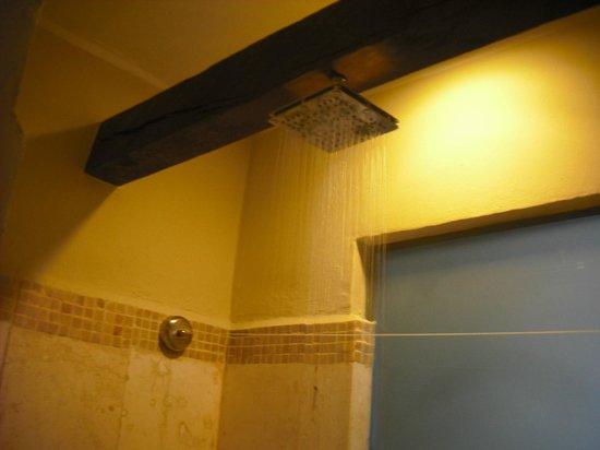 Azul Beach Resort Sensatori Mexico: Lovely shower