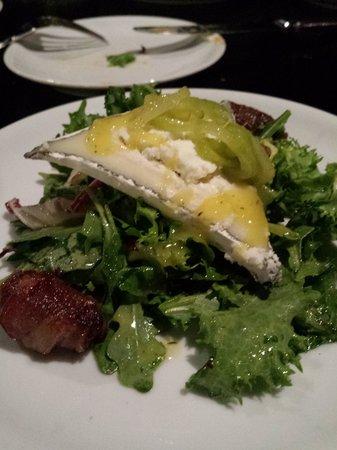 1226 Washington: Salad
