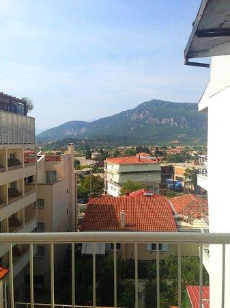 Alexiou Hotel: Вид с нашего балкончика