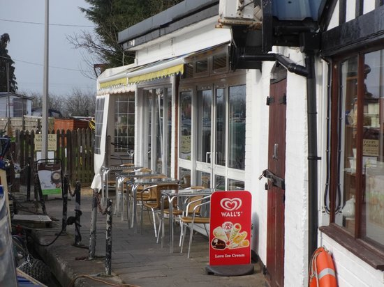 Waterside Cafe: Frontage