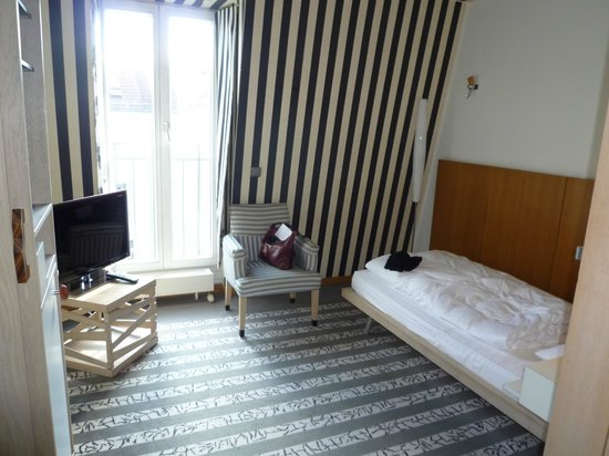 Bleibtreu Hotel: Single Room 506