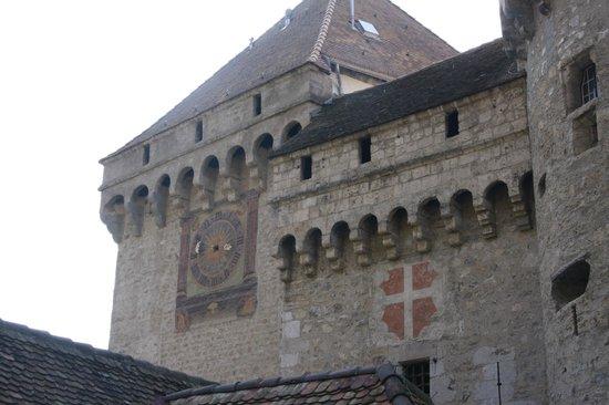 Chateau de Chillon : Clock on front of castle
