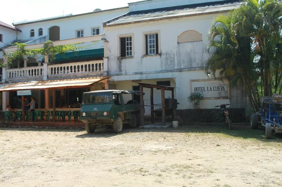 Xtreme-Buggy - Day Tours : The hotel for our  lunch stop