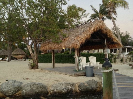 Coconut Palm Inn : A nice spot to sit and view the sunsets.