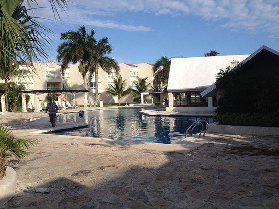 Ocean Spa Hotel: Piscina