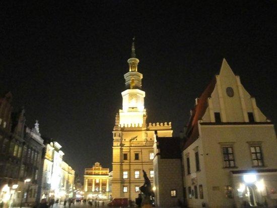 Old Market Square : 3