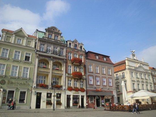 Old Market Square: 5