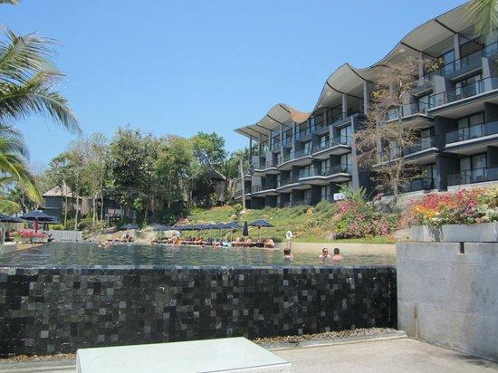 Beyond Resort Krabi: pool and sea view rooms