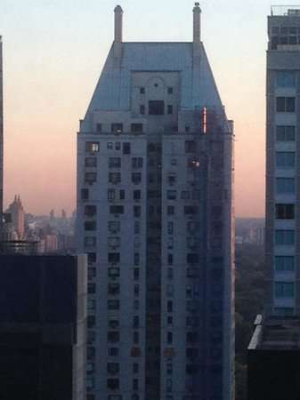 New York Hilton Midtown: Great sunsets over central park