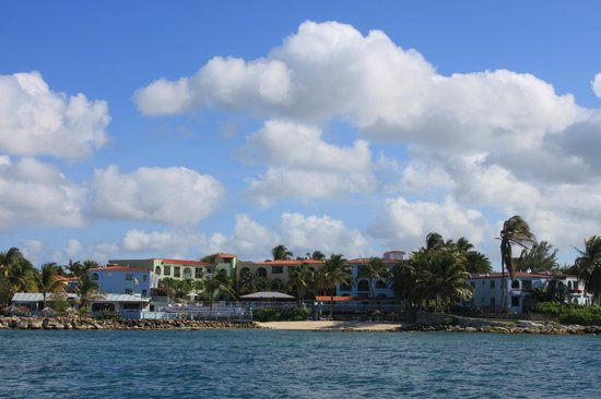 Ocean Point Resort & Spa: view of hotel from water