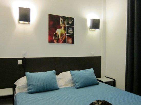Hotel Colbert : Chambre Double