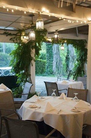 The Ashby Inn & Restaurant : Terrace Lights