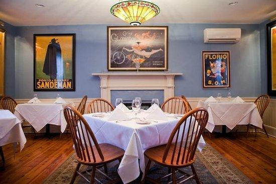 The Ashby Inn & Restaurant : The Upper Dining Room