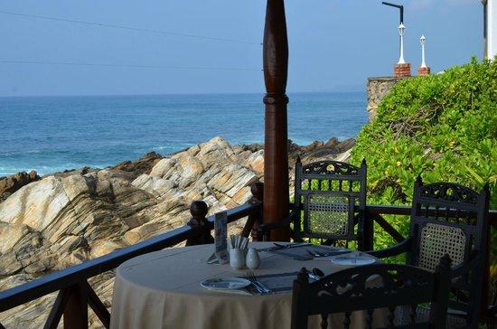Dickwella Resort & Spa: veranda (terrace) for eating